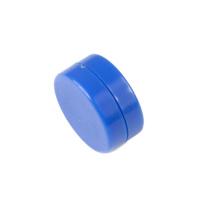 Blå kontorsmagnet med plastcoating 13x6 mm.